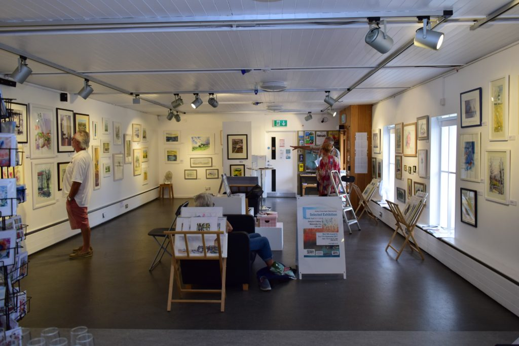 Staging an art society exhibition: Behind the scenes